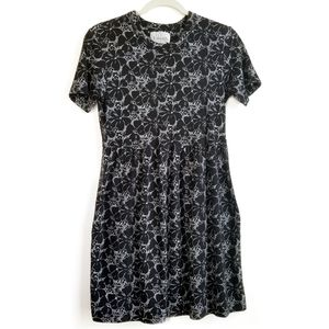 Basic Editions Floral Fit & Flare Dress Size Small